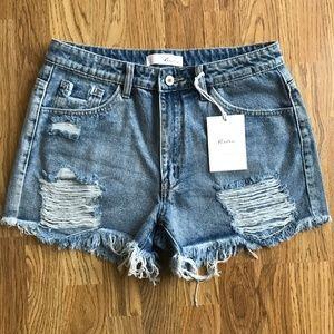 NWT KanCan Distressed Denim Shorts Large